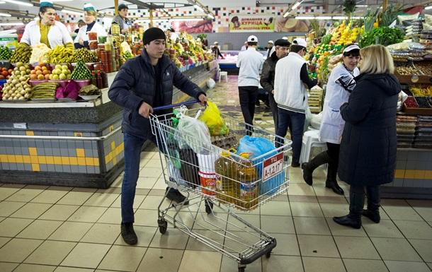 Война на прилавке: в российских магазинах все меньше украинских товаров