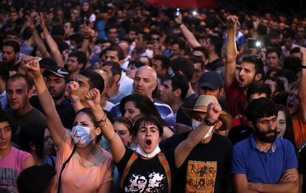 Власти Армении вновь отказались пересматривать тарифы на электричество