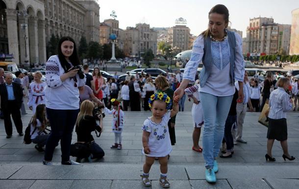 Доступное жилье и еда: как соблюдаются права украинцев