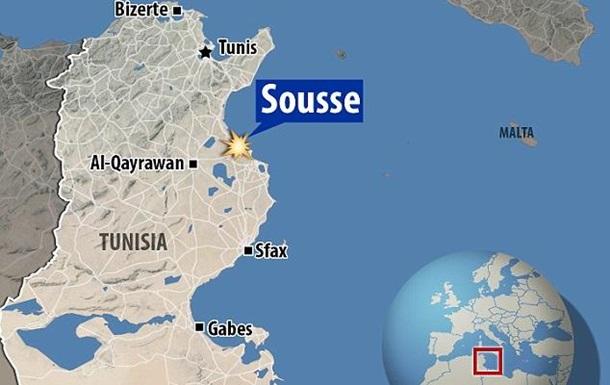Террористы напали на две гостиницы в Тунисе: 19 погибших
