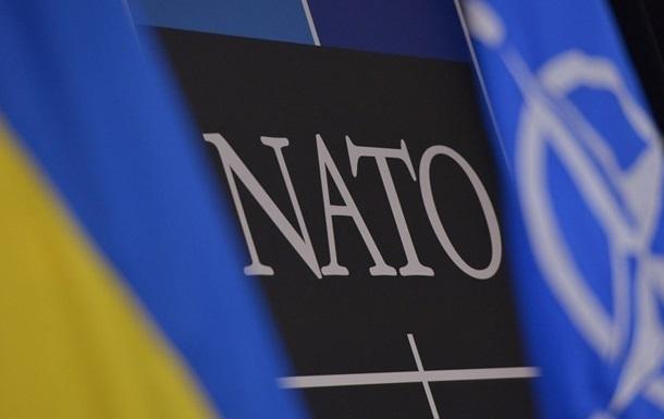 Украина одобрила соглашения о сотрудничестве с НАТО