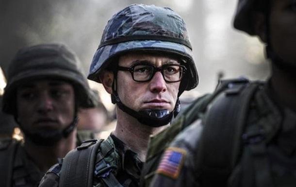 Самый разыскиваемый человек в мире . Вышел официальный трейлер  Сноудена