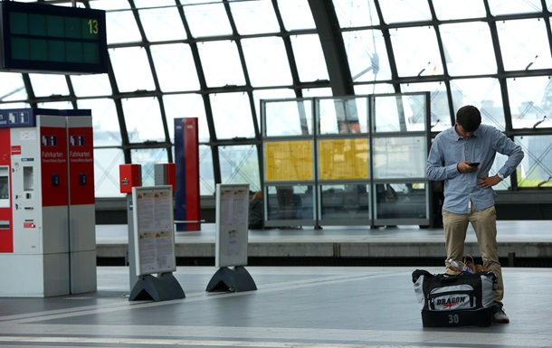 В Казахстане россиянина и немца оштрафовали за секс на вокзале