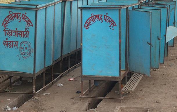 В Индии девушка повесилась из-за спора о туалете с родителями