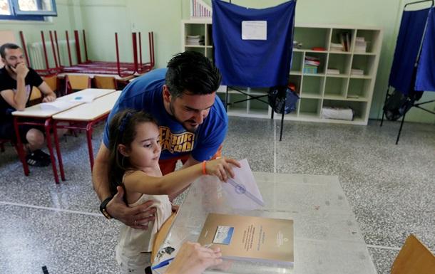 Референдум в Греции проходит спокойно, без инцидентов