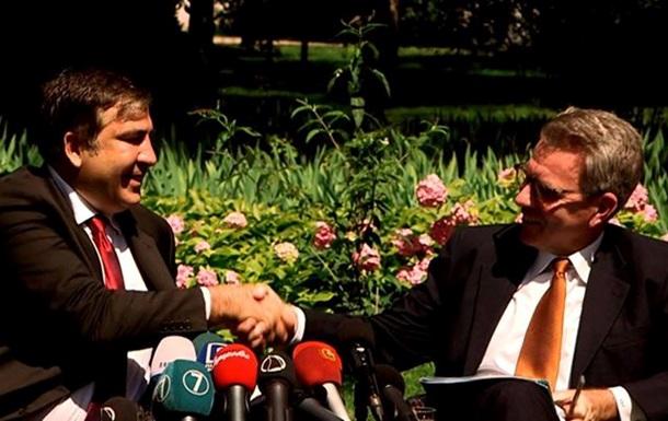 США будут платить зарплату команде Саакашвили в Одессе