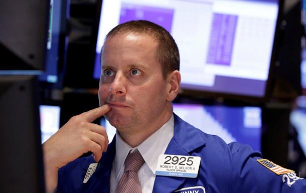 Основные индексы снизились в ходе торгов на биржах США