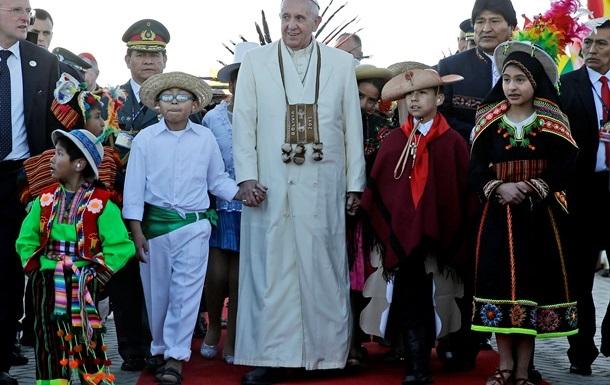 Папа Римский Франциск попросил прощения за преступления католической церкви