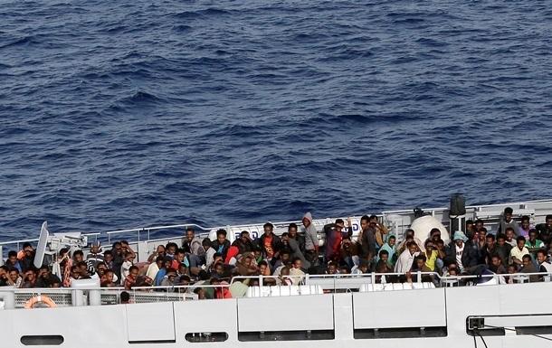 У Середземному морі врятували понад 800 мігрантів
