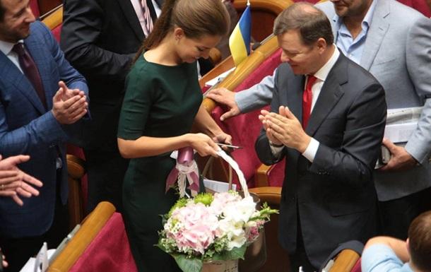 Оскандалившуюся депутата Кошелеву поздравили в Раде с юбилеем