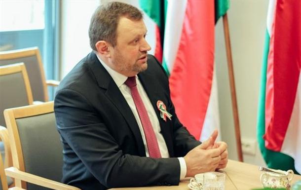 МИД Украины вызвал посла Венгрии после заявлений о разведке