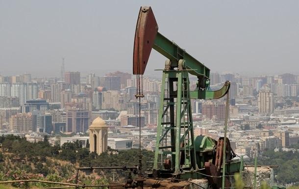 Нефть торгуется разнонаправленно из-за укрепления доллара