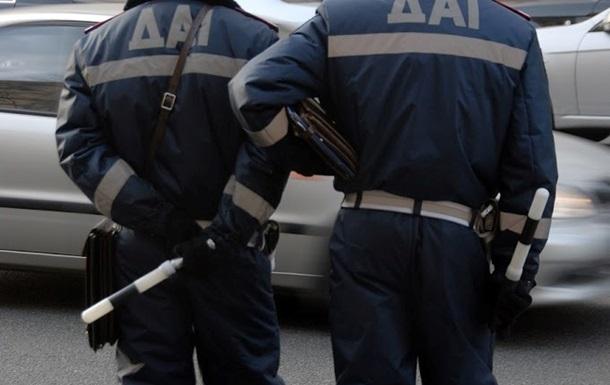 В Киеве задержали на взятке двух руководителей МРЭО ГАИ