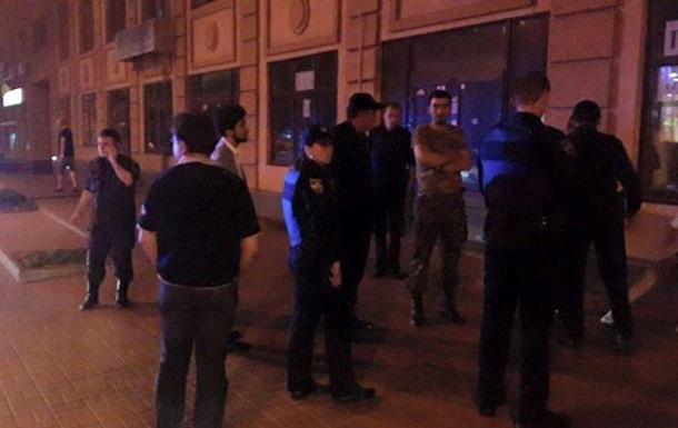 В Киеве подростки избили иностранцев – депутат