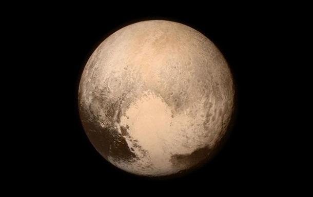 New Horizons нашел новую горную цепь у  сердца  Плутона