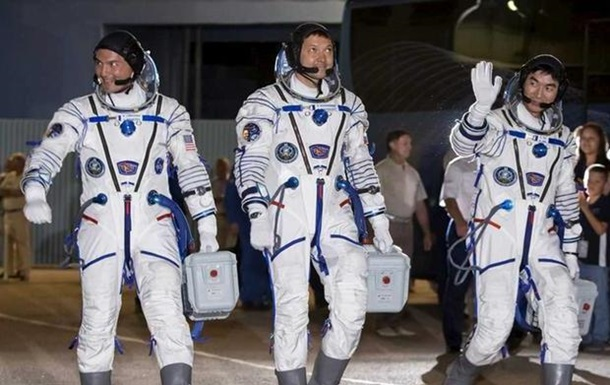 Корабль Союз доставил на МКС международный экипаж