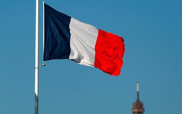 Париж отговорил двух своих депутатов от поездки в Крым – СМИ