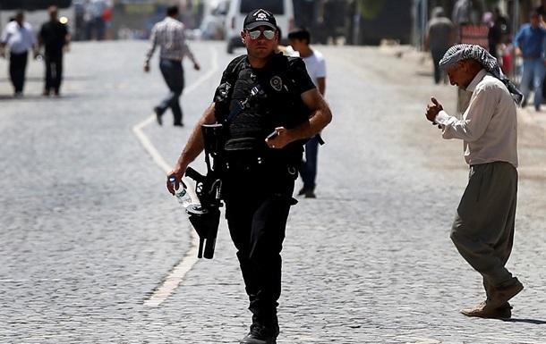 В Стамбуле полиция провела антитеррористическую операцию