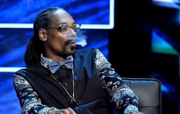 Репера Snoop Dogg затримали за підозрою у вживанні наркотиків