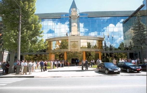 В Одессе сотрудник Апелляционного суда выбросился с крыши