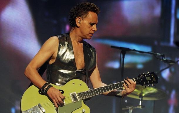Шварценеггер и Depeche Mode. Минкульт опубликовал  белый список  артистов