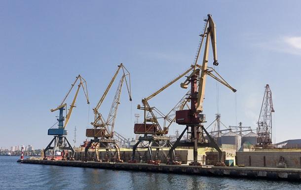 В Ильичевском порту проводят обыски