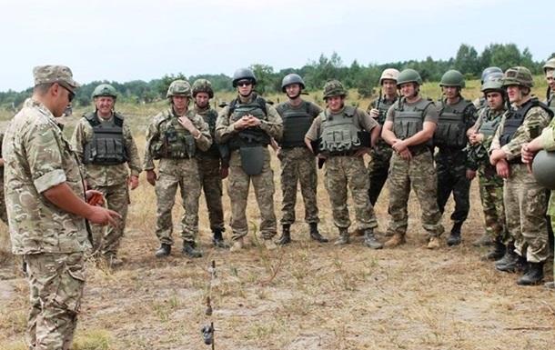 Аваков проти вилову призовників - хоче армію на контрактній основі