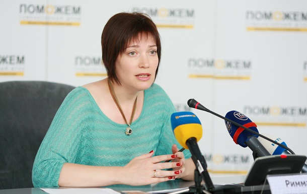 Штаб Ахметова в серпні відправить на Донбас 17 автоколон гумдопомоги