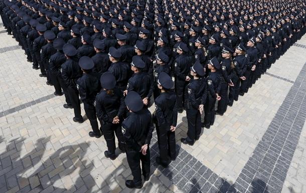 В Киеве уже уволили 12 патрульных полицейских