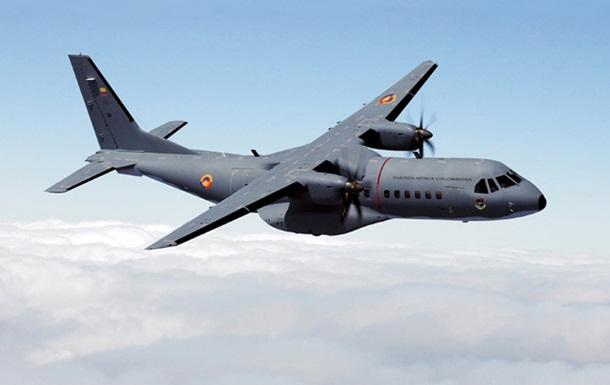 В Колумбии разбился военно-транспортный самолет: 12 погибших