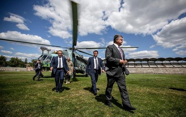 Порошенко по случаю Дня ВДВ приехал в Донецкую область