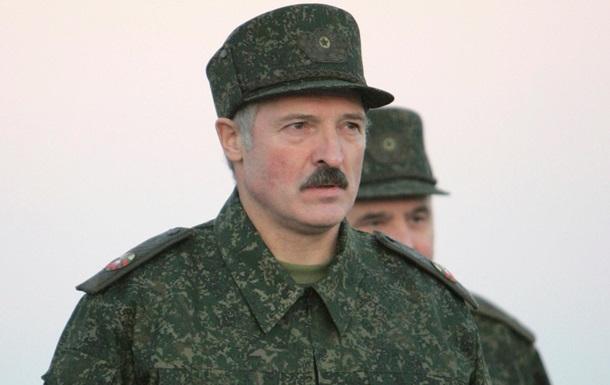 Лукашенко розповів, в якому випадку готовий воювати з Україною