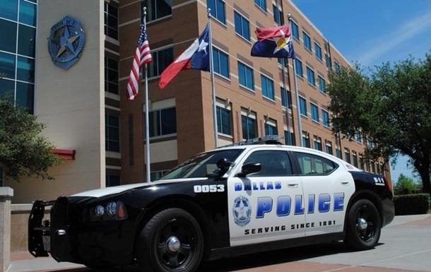 В Техасе полицейский застрелил безоружного афроамериканца
