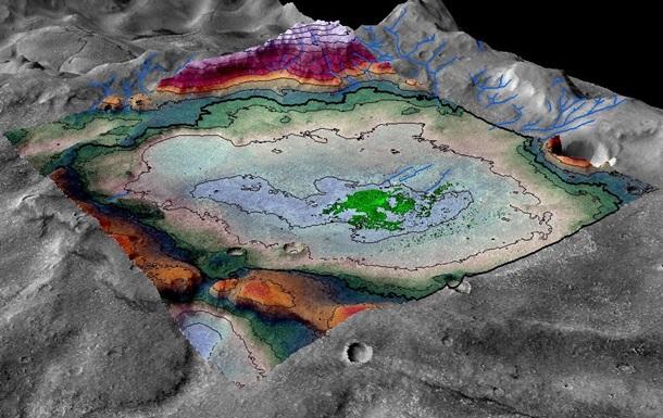 На Марсе нашли следы водного озера, пригодного для жизни