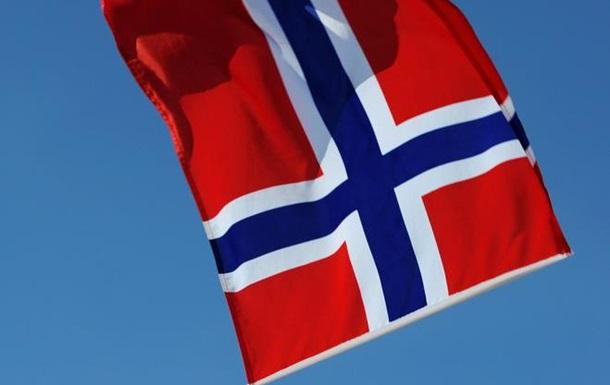 Норвегия возьмет средства из суверенного фонда из-за падения цен на нефть