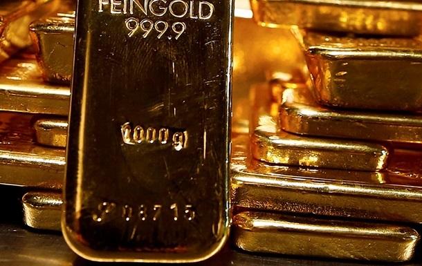 Спрос на золото достиг шестилетнего минимума
