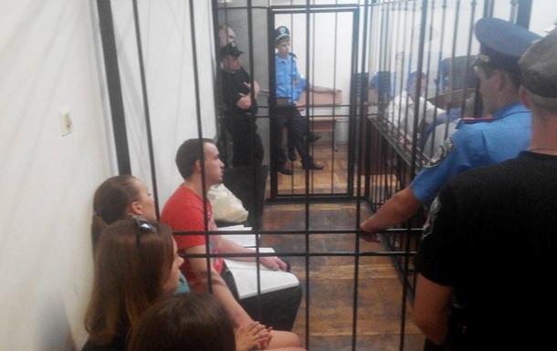 Суд продлил арест подозреваемого в убийстве Бузины