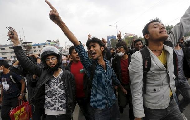 В Непале началась всеобщая забастовка