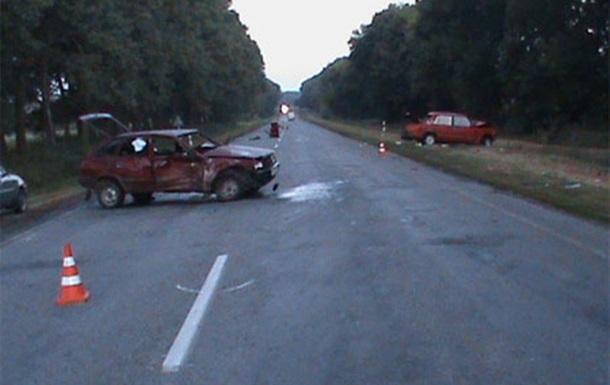 В ДТП в Харьковской области погибли три человека, еще трое травмированы