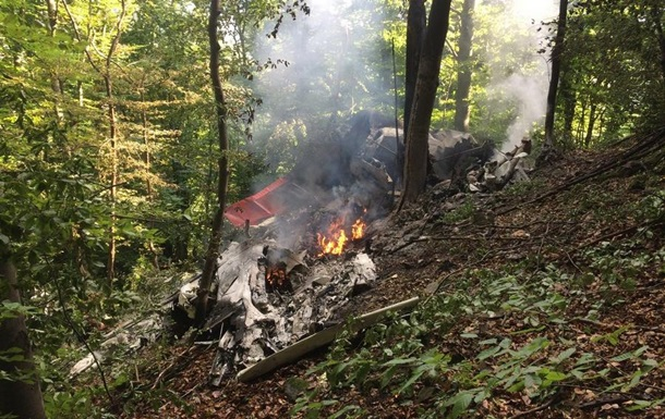 В Словакии столкнулись два самолета
