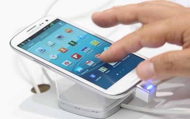 Эксперты назвали самые быстрозаряжающиеся смартфоны