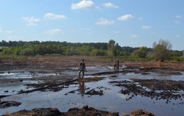 Под Киевом горит более 30 гектаров торфяников