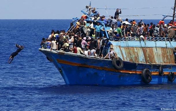 Берлин, Париж и Лондон призвали созвать экстренный саммит по беженцам