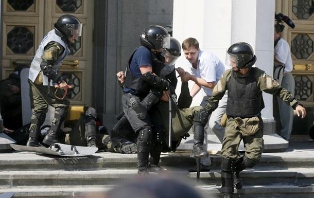Боец Нацгвардии умер от пулевого ранения - Геращенко