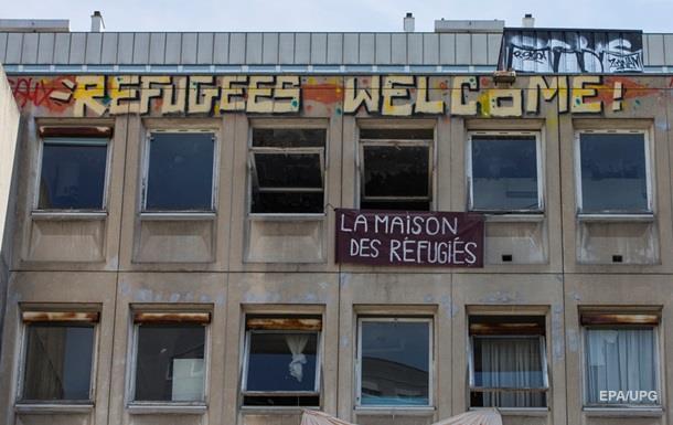 Нет места. Олланд отказался селить беженцев у себя дома