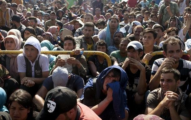 Кэмерон: Британия примет 20 тысяч беженцев из Сирии за пять лет