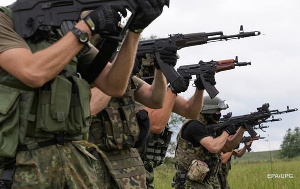 Полторак заявил о рекордном снижении числа обстрелов