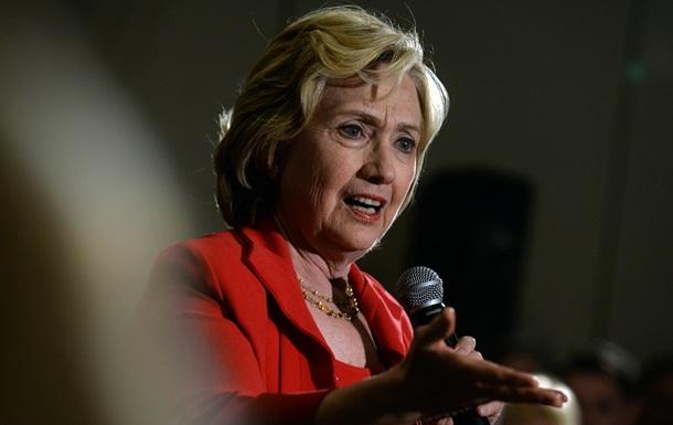 Клинтон продолжает оправдываться за электронную почтовую переписку