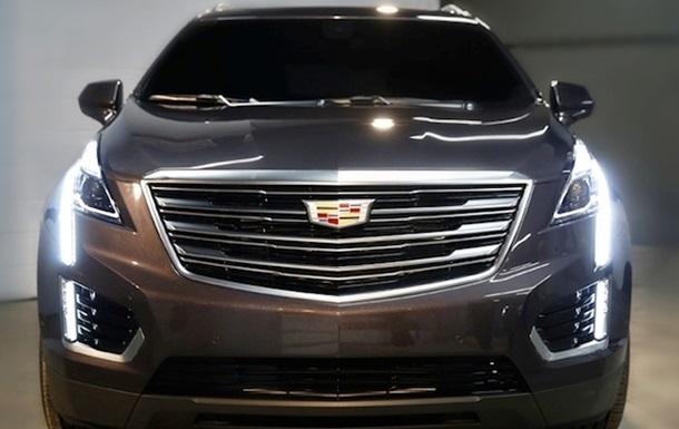 Cadillac показав фото свого нового кросовера