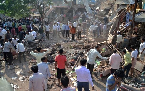 Число погибших от взрывов в Индии достигло 104 человек